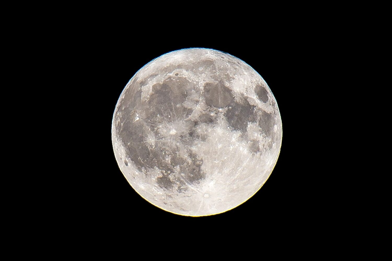de volle maan van 24 juli